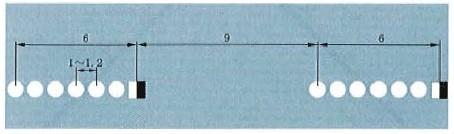 突起路标组成的虚线标线示例