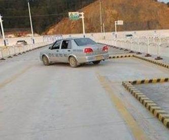 金源驾校教你侧方停车如何防止压线