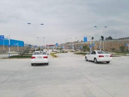 学车优惠多、拿证快,请认准武汉南湖驾校!