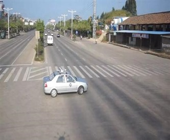 贵阳驾校分享科目三通过路口的考试技巧