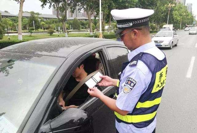 无证驾驶的谣言有哪些?无证驾驶怎么处罚?
