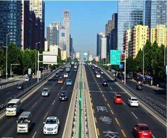 常州天宁校区分享城市道路的开车技巧