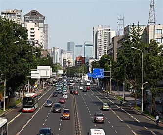重庆长运驾校建议新手上路不要跟四种车