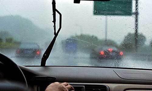 清明时节雨纷纷,雨天行车牢记6点!