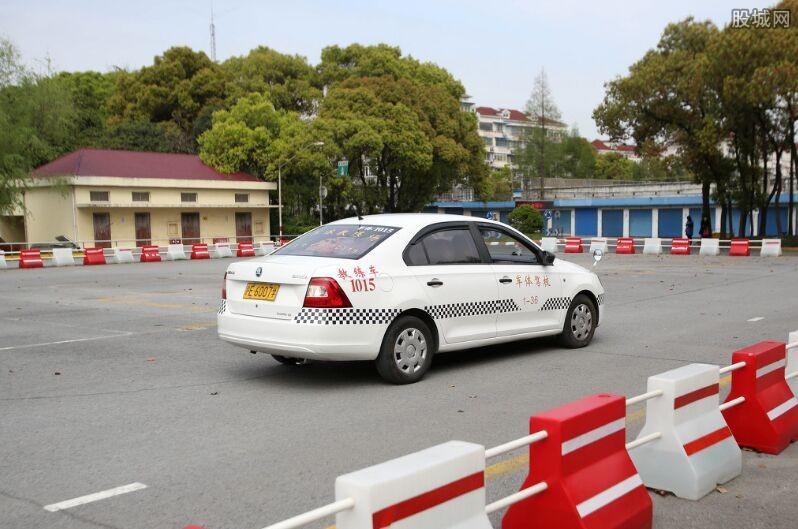 5月学车,杭州乔支驾校提醒警惕这四点学车问题!